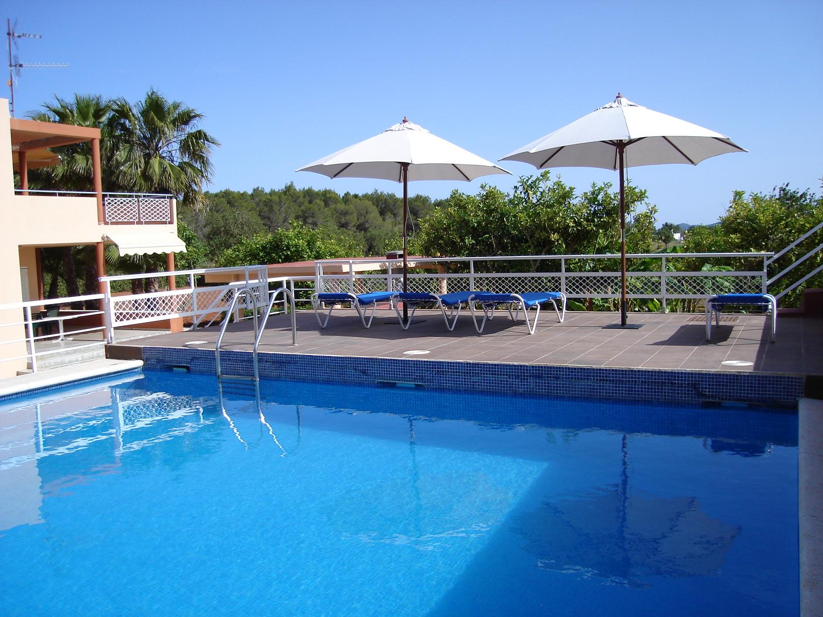 Ibiza holiday villas can antonio a country villa near for Ibiza country villas